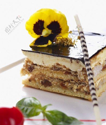 德式核桃蛋糕图片