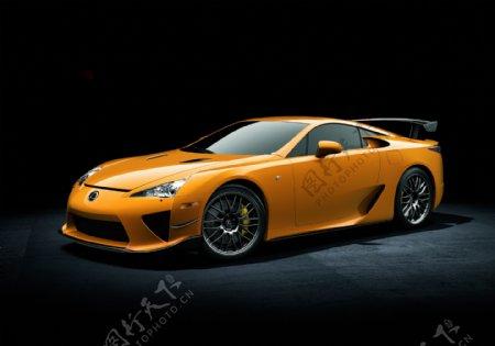 黄色豪华轿车图片