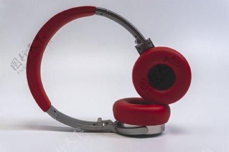 纯白背景红色耳机音乐时尚