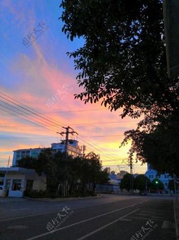 晚霞风景街道