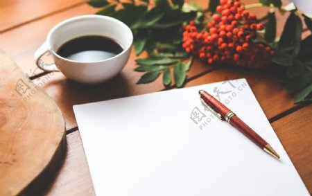 笔记本空白纸张咖啡样机背景素材