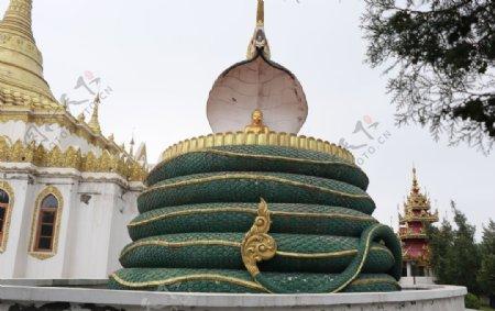 白马寺缅甸风格佛殿龙护佛祖图片