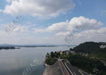 湖海水水面蓝色图片
