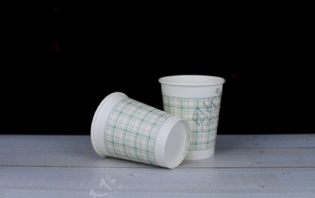 格子纸杯图片