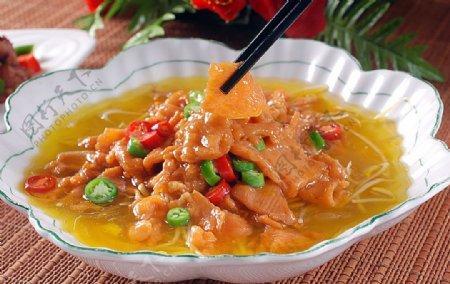 川菜金汤孔雀肉图片