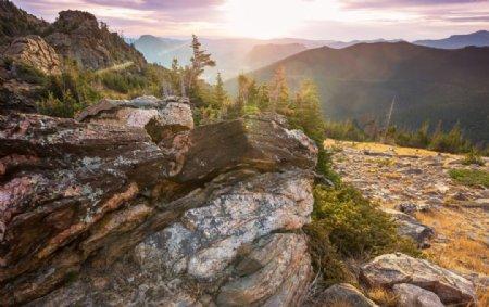 科罗拉多州美丽的岩石山旅行徒步图片