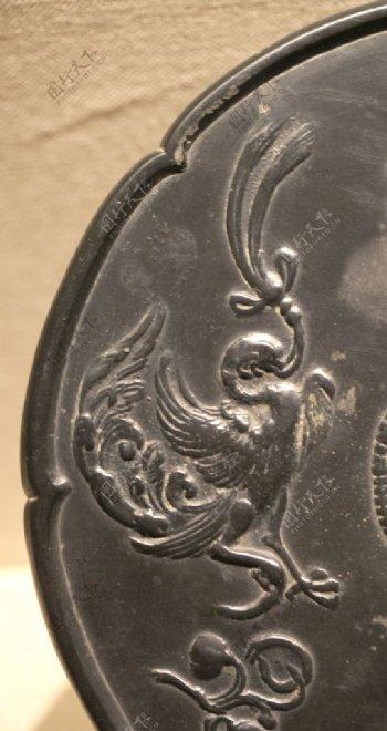 唐代铜镜玄鸟花纹图片