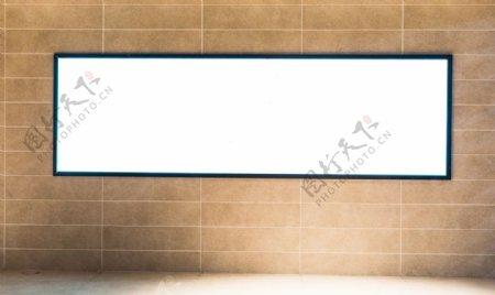 商场空白广告位灯箱图片