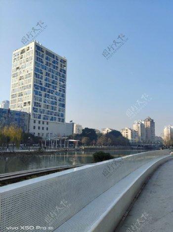 桐乡滨河广场图片